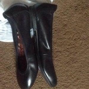 Born Shoes - Born Julianne Ballet Flats Slipper Shoes Size 9 M